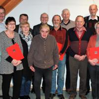 Die Geehrten zusammen mit Kreisvorsitzendem Carsten Höllein, OV-Vorsitzendem Jürgen Lorke und stv. OV-Vorsitzendem Thomas Lesch